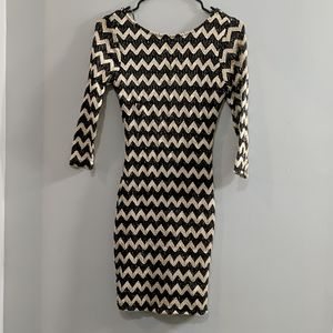 Forever 21 black and gold Chevron bodycon